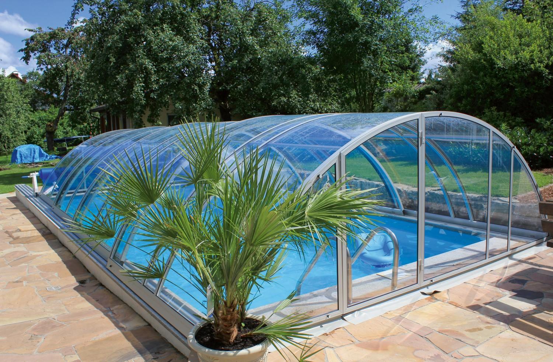 schiebe berdachung von future pool verwandelt swimmingpool in allwetterbad bild 1. Black Bedroom Furniture Sets. Home Design Ideas