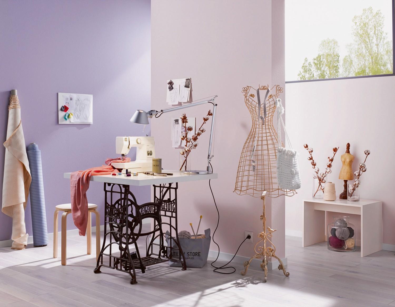 mit gut verst ndlichen anwendungsvideos von erfurt spielend leicht tapezieren lernen bild 1. Black Bedroom Furniture Sets. Home Design Ideas