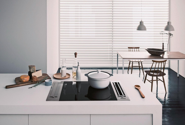 innovativer falmec muldenl fter beseitigt unangenehme d mpfe in der k che. Black Bedroom Furniture Sets. Home Design Ideas