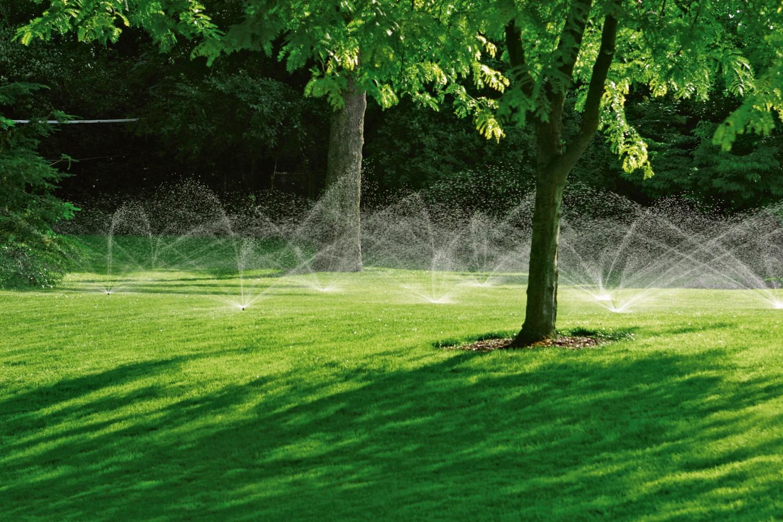 Garten Entlastung für den Hobbygärtner - Automatische Beregnungsanlage von Rainpro bewässert den Rasen effizient - News, Bild 1