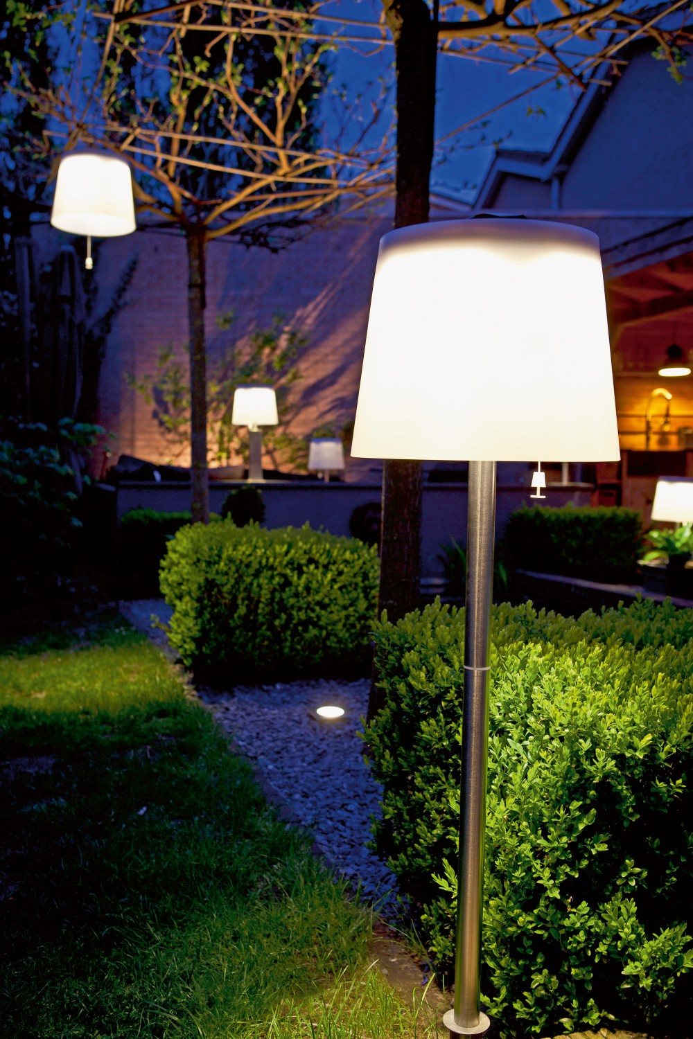 solarlampen garten test startseite design bilder. Black Bedroom Furniture Sets. Home Design Ideas
