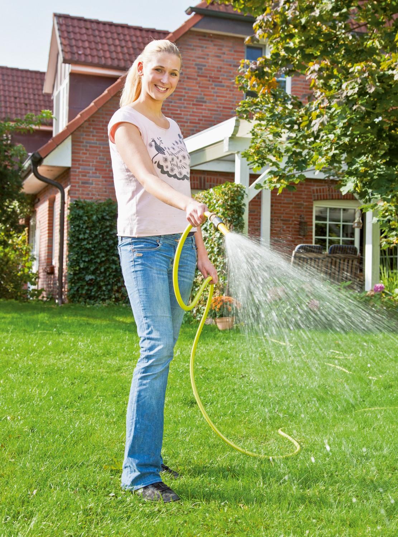 Garten Regenwasser in Haushalt und Garten clever nutzen mit einem Tank von Premier Tech Aqua - News, Bild 1