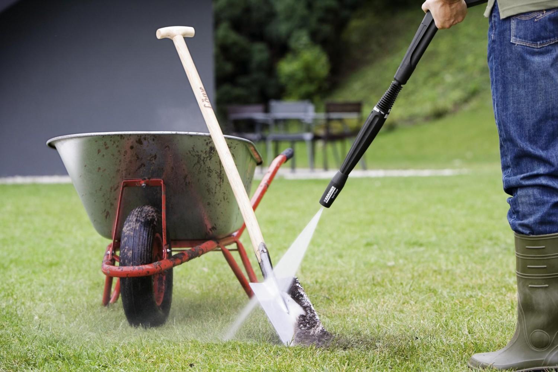 Gartengeräte Haltbarkeit erhöhen: Mit Kärcher vor dem Winter Gartengeräte säubern. - News, Bild 1
