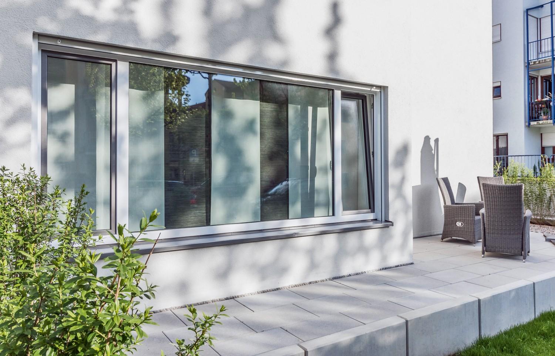 Rund ums Haus Algen adieu - Veralgte Fassaden intelligent vermeiden mit Putzen von Saint-Gobain Weber - News, Bild 1