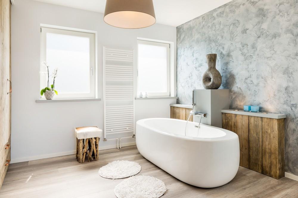 Modernes und helles Badezimmer nach eigenen Wünschen eingerichtet.