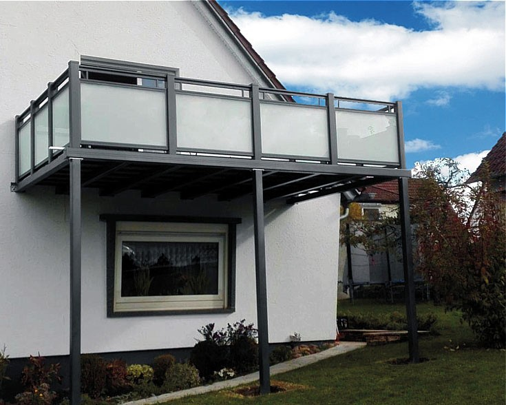 balkonanbau mit bausatzsystem realisieren dank praktischem online konfigurator wird der traum. Black Bedroom Furniture Sets. Home Design Ideas