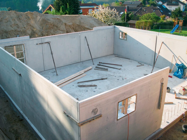 """Rund ums Haus Bauwerksabdichtung mit """"Perfekt Dicht"""" von Ultrament: Geringer Materialverbrauch, schnelle Verarbeitung - News, Bild 1"""