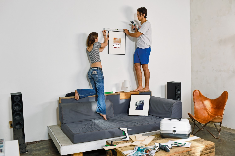 die erste eigene wohnung mit dem passenden vorwerk werkzeug das neue domizil selbst gestalten. Black Bedroom Furniture Sets. Home Design Ideas