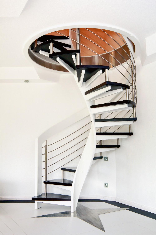 Rund ums Haus Individuelle Treppen von STREGER verbinden moderne Architektur mit historischen Elementen - News, Bild 1