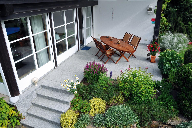 Rund ums Haus Irrtum: Terrassenbeläge sind nicht wasserdicht - News, Bild 1