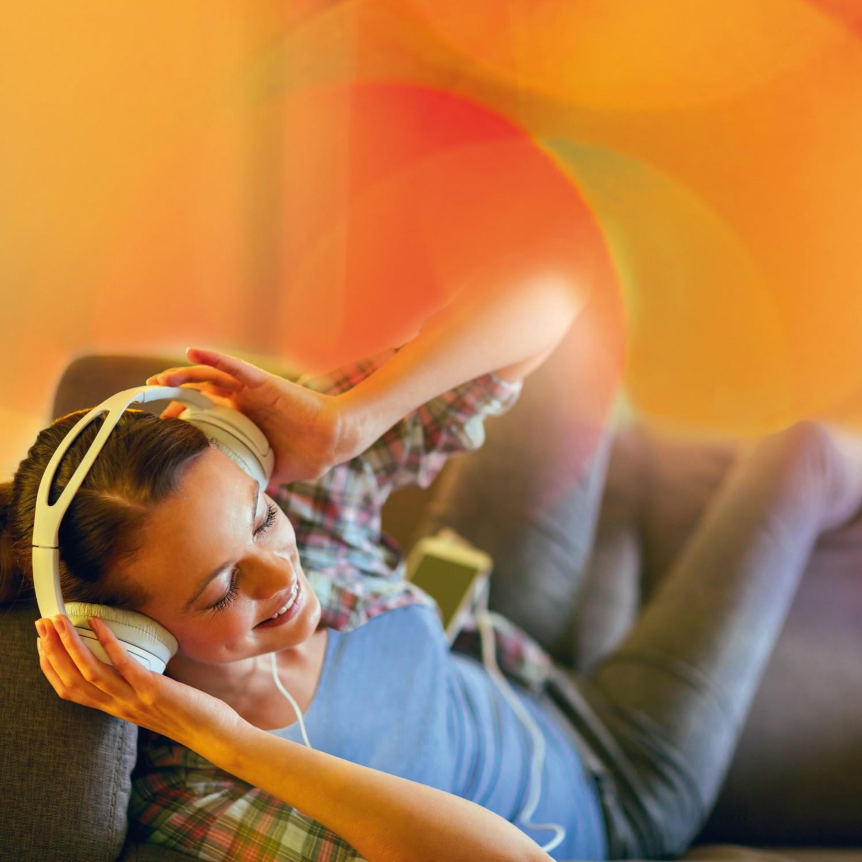 Rund ums Haus Lichtsteuerung mit ZigBee Wandsendern: Wohlfühlbeleuchtung macht das Zuhause zum Lieblingsort - News, Bild 1