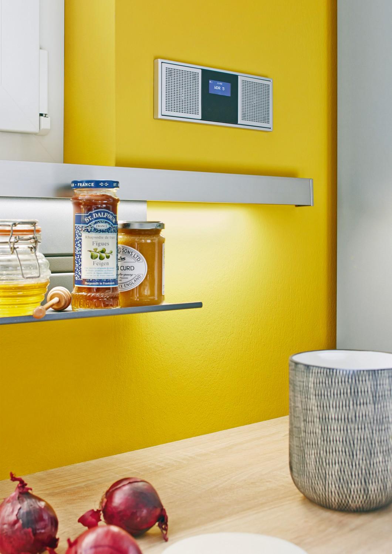 Rund ums Haus Praktisches Radio von Jung für die Küche wird wie ein Lichtschalter in die Wand eingebaut - News, Bild 1