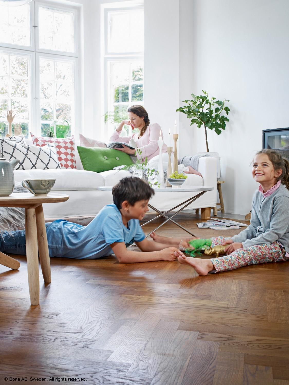 produkt des jahres 2017 parkettreiniger von bona. Black Bedroom Furniture Sets. Home Design Ideas