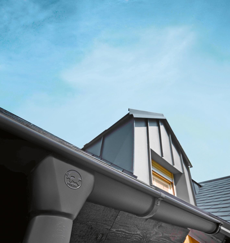 Rund ums Haus Robuste Dachrinnensysteme leiten auch große Regenwassermengen zuverlässig ab - News, Bild 1