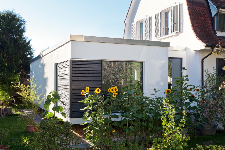 wenn das haus zu klein wird flexible wohnmodule schaffen zus tzlichen platz. Black Bedroom Furniture Sets. Home Design Ideas
