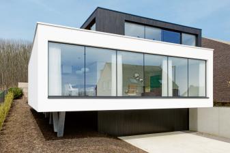 arbeitsschutz-baustoff-glas-mehr-transparenz-und-ausstrahlung-mit-uniglas-und-individuellen-glaesern-12485.jpg