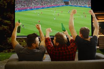 smart-home-schluss-mit-geruckel-beim-fussball-streaming-so-laeuft-der-ball-ganz-rund-14277.jpg
