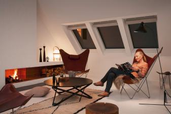 velux-rund-ums-haus-velux-rolllaeden-an-dachfenstern-erhoehen-den-wohnkomfort-und-sparen-energie-12083.jpg