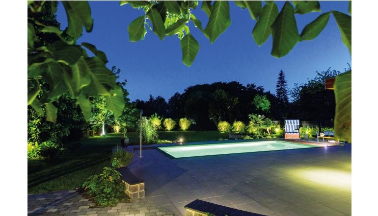 Rund ums Haus Mit einem smarten Garten den Sommer in vollen Zügen genießen - News, Bild 1