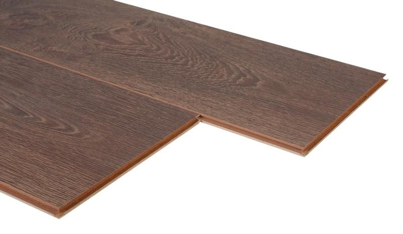 test bodenbel ge laminat kaindl natural touch 8 0 sehr gut bildergalerie bild 1. Black Bedroom Furniture Sets. Home Design Ideas