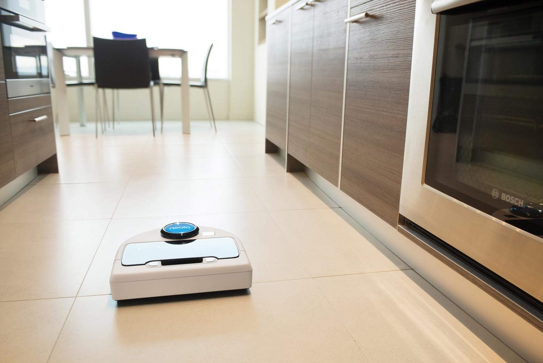 test saug und wischroboter neato botvac d85 sehr gut bildergalerie bild 1. Black Bedroom Furniture Sets. Home Design Ideas