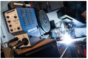 Gewerbliche Werkzeuge Elektra Beckum Inverterschweißgerät MIG/MAG 190 DCI im Test, Bild 1