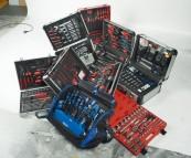 Handwerkzeug-Sets: Für alle Fälle gerüstet - Sechs Universal-Werkzeugsets im Vergleich, Bild 1