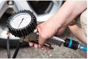 Sonstiges Haustechnik: Sechs Reifendruck-Mess- und -Füllgeräte im Vergleich, Bild 1