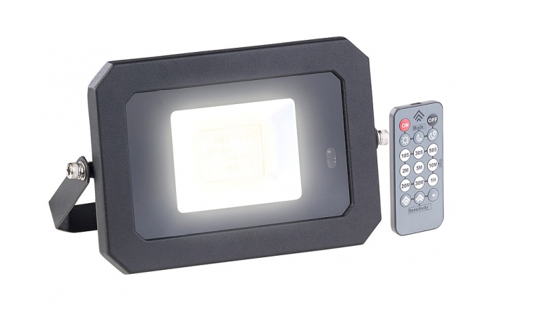 test beleuchtung luminea wetterfester led fluter nx5419. Black Bedroom Furniture Sets. Home Design Ideas