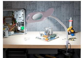 Beleuchtung LUNARTEC Glas-Lupenleuchte NX-68 33 im Test, Bild 1
